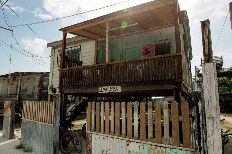 TallulahPhoto-BelizeCayeCaulker-5938
