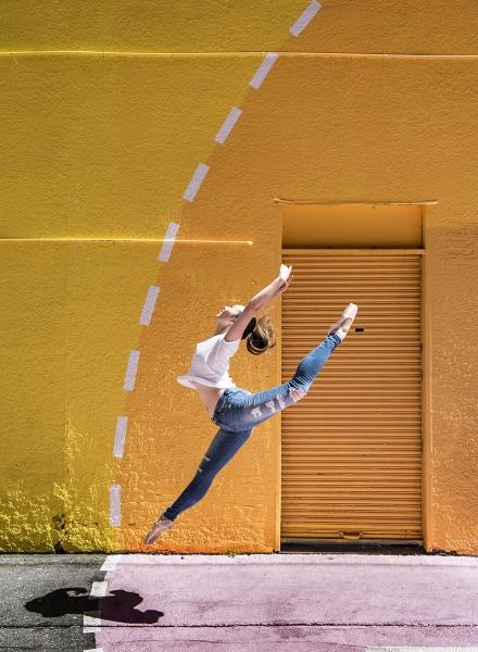 Yellow Brick Wall - Saki Okuyama