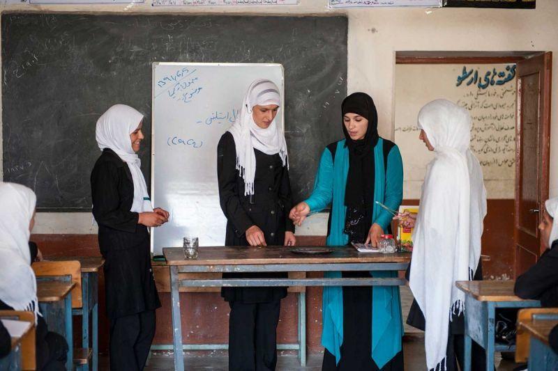 TallulahPhoto-Afghanistan-NGOEducation1919