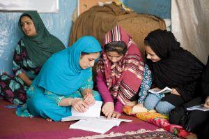 TallulahPhoto-Afghanistan-NGOEducation2447.jpg